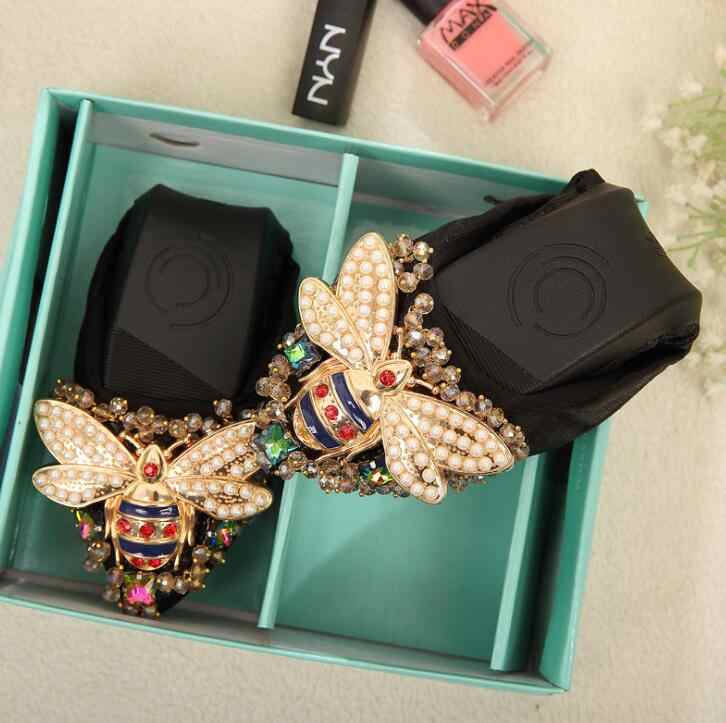 Dropshipping Artı Boyutu Tasarımcı Kristal Kadın düz ayakkabı Zarif Rahat Bayan Moda Taklidi Kadın Yumuşak Arılar Ayakkabı