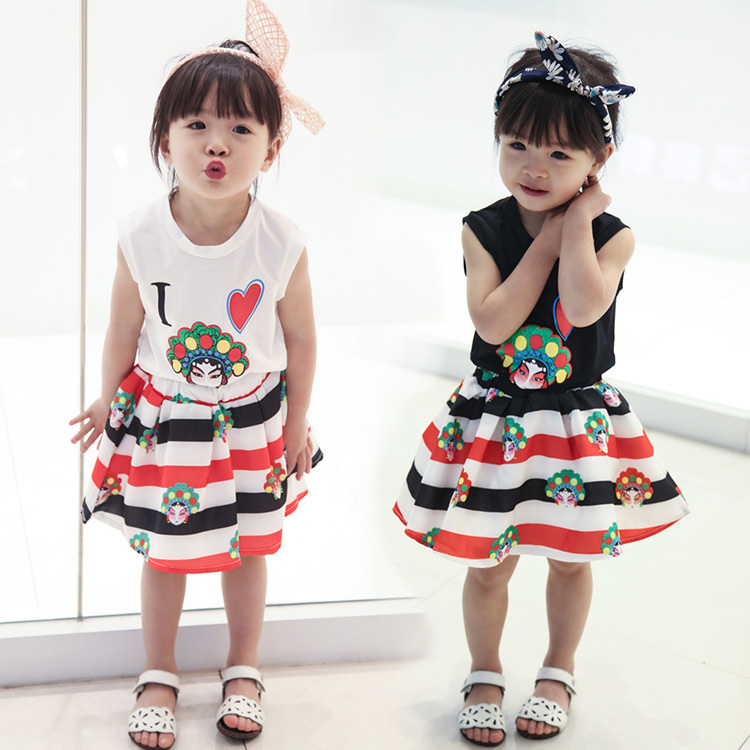 Korean Girl Children's Garment 16 Summer Wear New Pattern Children Lovely Cartoon Vest T-Shirt Undershirt Shorts 2 Pieces Suit the snowman