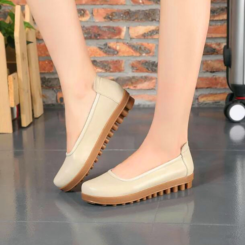 Fashion Soft Cow Muscle Sole Ladies Slip On Genuine Leather Flats Comfortable Mother Pregnant Woman Outdoor Walking Loafers siketu best gift baby flats tassel soft sole cow leather shoes infant boy girl flats toddler moccasin bea6624