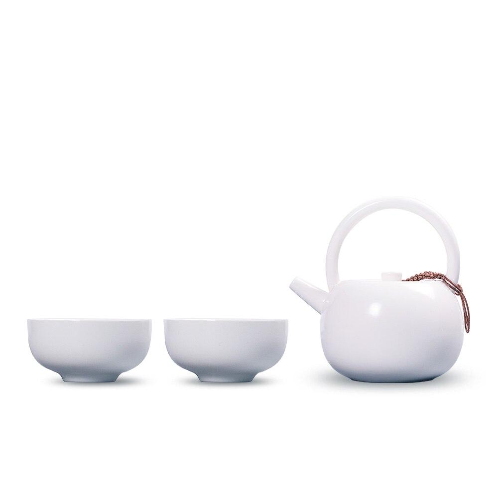 Dehua four à thé en porcelaine Chinois blanc et noir boucle poignée teaset, kungfu thé cérémonie ensemble théière avec tasses pour vente