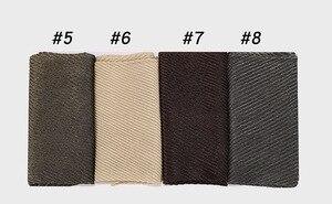 Image 5 - 10 ピース/ロットしわ Hijabs ショールラメイスラム教徒ターバンビスコースきらめきスカーフイスラムメタリックヘッドスカーフ女性のスカーフマフラー