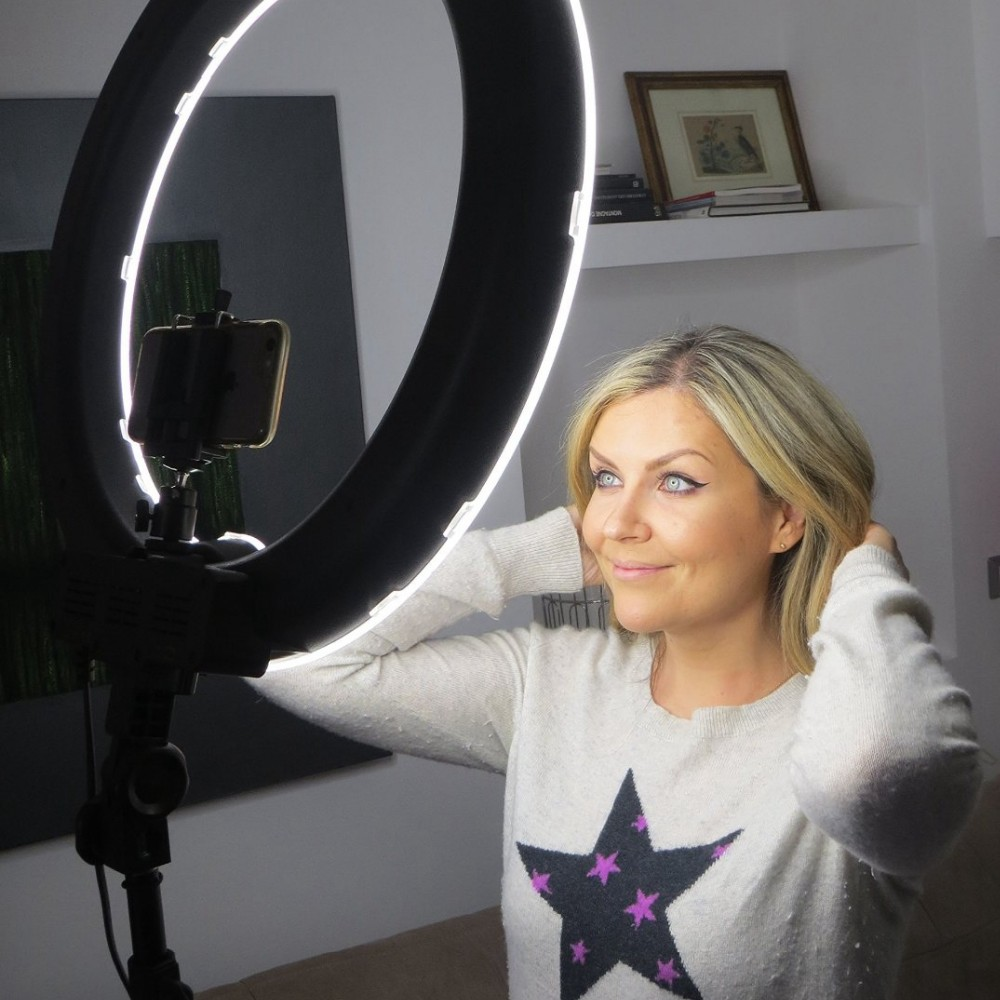 Ring Light For Mobile With Stand 4