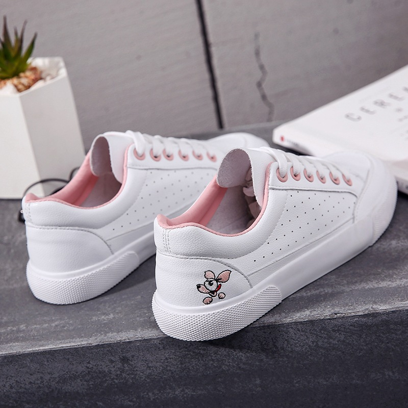 M.GENERAL Women Casual Shoes 2018 New Spring Female Shoes White with Embroidery Flower Summer Breathable Shoes Sneakers 35-40 flower embroidery jeans female blue casual pants capris 2017 spring summer pockets straight jeans women bottom a46