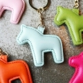 Korean cute/cavalo/horse leather key chain/car accessories women/ wholesale/chaveiros/llavero cuero/keyring/porte clef/trinket