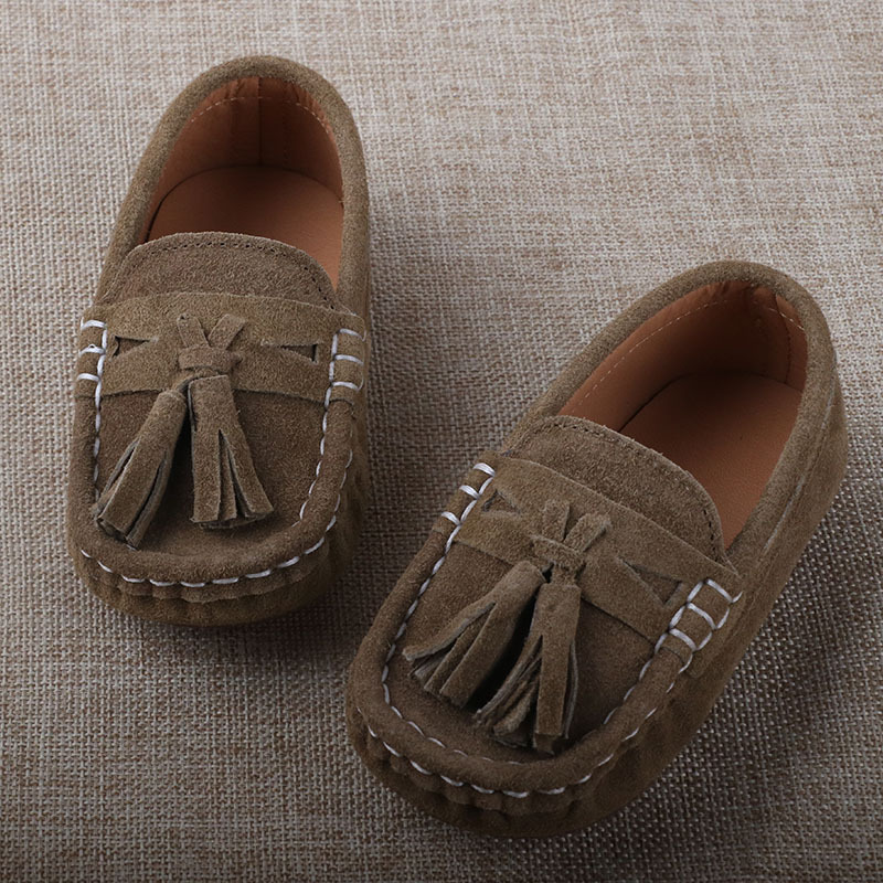 f153d077fb3 2017 Spring Autumn Kids Shoes Genuine Leather chaussure Kids Loafers for Boy  Suede Sneakers For Children Boys Girls trainers-in Sneakers from Mother    Kids ...