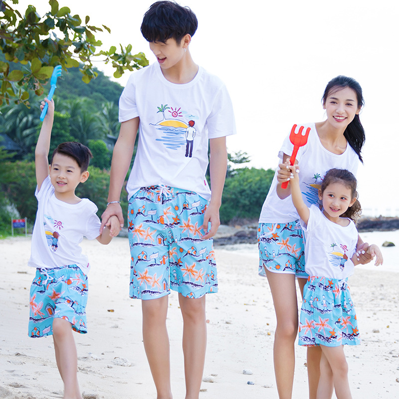 Men Shorts Slim Summer Chiffon Printing Beach Shorts Quick Drying Elastic Waist Men Ms Child Board Shorts Men A18