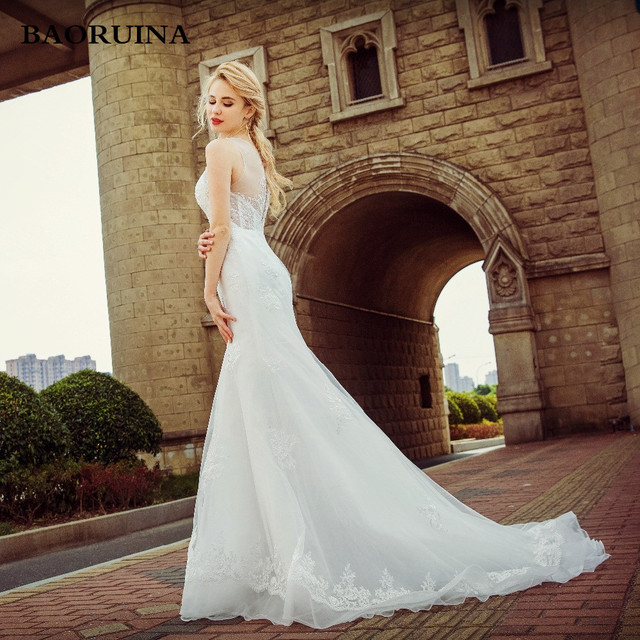 New Style Sleeveless Lace Appliqued Illusion Neckline Court Train ...