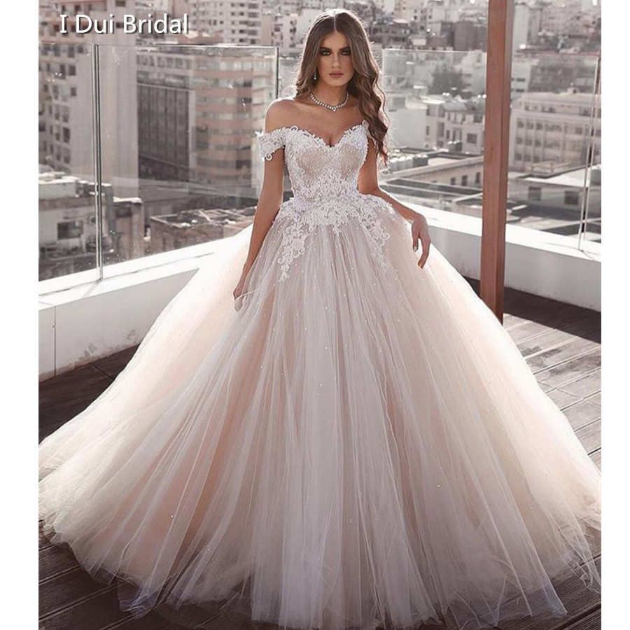 Luxury Ball Gown Wedding Dress Sweetheart Neckline Fall Off Sleeve Tulle Layer Pearl Beaded Bridal Gown