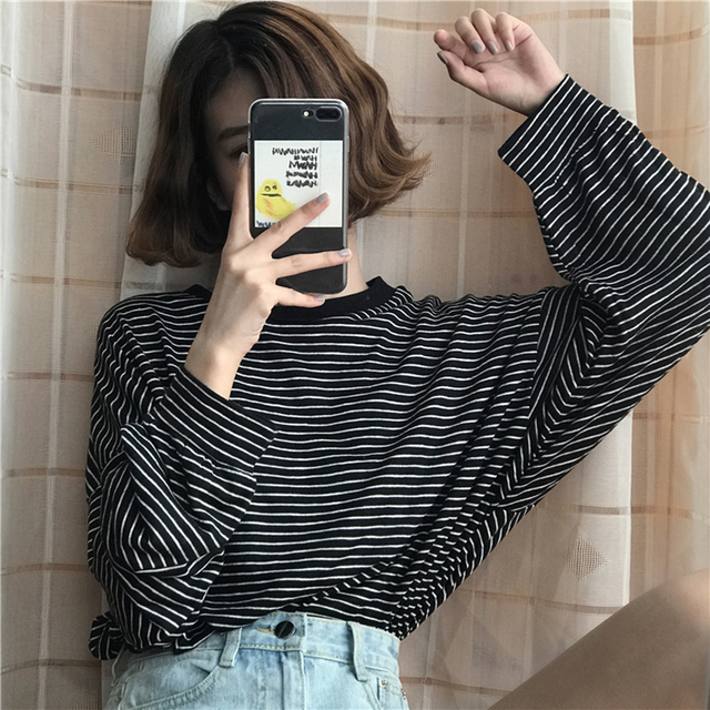 YouGeMan T Shirt Femme 2018 Spring Autumn Korean Style Ulzzang Harajuku Retro Long Sleeve O-neck Striped T-shirt For Women Tops