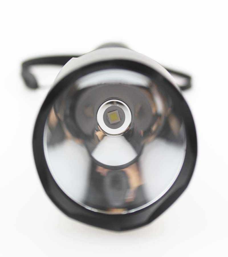 סופר מבריק C8 LED לפיד מנורת CREE XP-L היי V2 1600lm אור לבן מגניב OP 3-mode פנס LED מופעל על ידי סוללה 18650