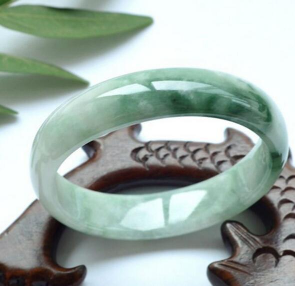 Naturale braccialetto di giada Birmana modelli femminili autentico costoso braccialetti di fiori galleggianti pieno di verdeNaturale braccialetto di giada Birmana modelli femminili autentico costoso braccialetti di fiori galleggianti pieno di verde