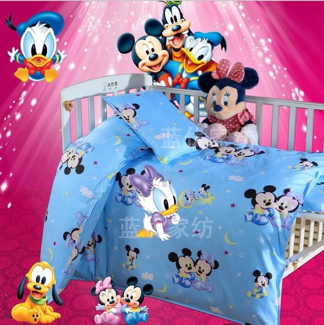¡ Promoción! 3 UNIDS Gatito Mickey Sistemas Del Bebé Juego de Cama Cuna de Algodón 100% Set (Funda Nórdica + Hoja + Funda de Almohada)