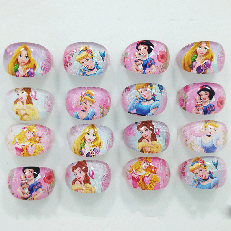 Prix pour 100 Pcs bijoux mixte filles Lucite enfants / Kid Cartoon filles princesse résine anneaux 15 mm livraison gratuite