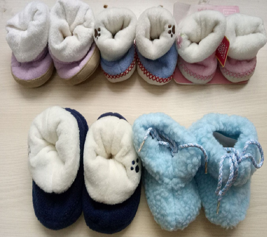 2017 Winter Coral Fleece Newborn Shoes Soft Baby Socks Infant First Walker Warmer Thick Babies Foot Cover