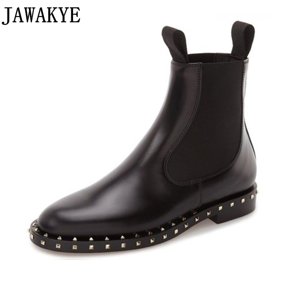 2018 Punk style winter shoes rivets studded genuine leather Ankle Boots for women Round toe botas femininas martin short boots 2018 punk style boots women rivets studded genuine leather ankle boots pointy toe shoes strap buckled martin short boots