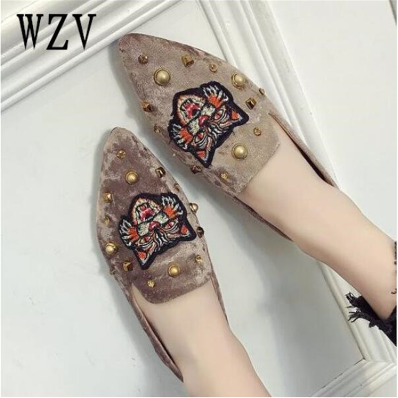 2018 New Women corduroy Flats Fashion Basic Mixed Colors Pointy Toe Ballerina Ballet Flat loafers Slip On women Shoes E037