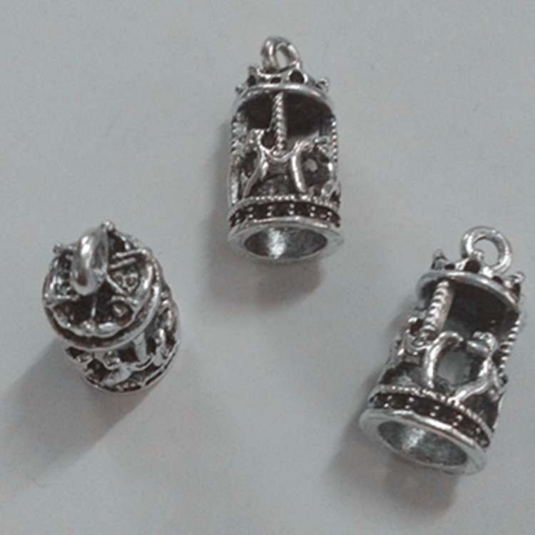 NEW Handmade jewellery making Pendant 1 x Hedgehog Charm fimo clay
