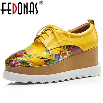 FEDONAS 2019 New Vintage Round Toe Platforms Women Pumps Lace Up Genuine Leather Embroider Silk Wedges Basic Single Shoes Woman