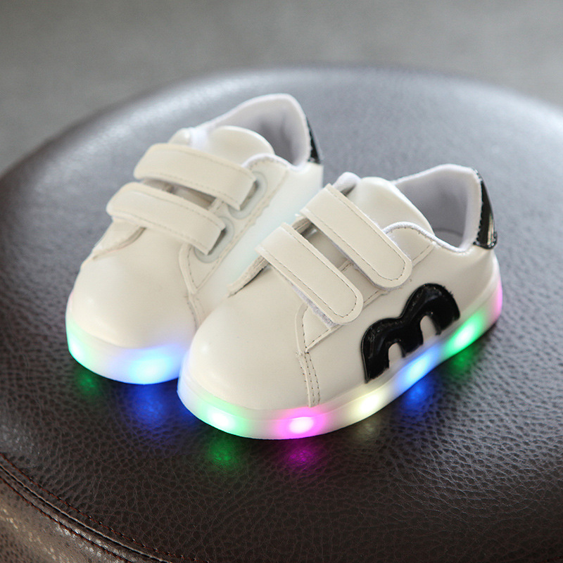 2018 fashion LED lighted spring/autumn baby girls boys sneakers glitter fantastic babyshoes sports tennis toddlers baby