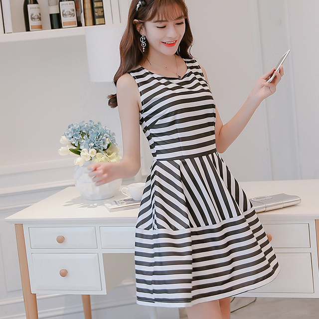 f796d26dbc3 Women Dress 2017 Summer Party New Fashion Sexy Mini Plus Size Cute O-Neck  Spring Brief Striped Pink Black Korean Style Dresses