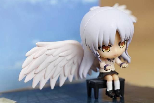 Angel BeatsTachibana Kanade Playing The Piano Action Figures PVC brinquedos Collection Figures toy for christmas gift