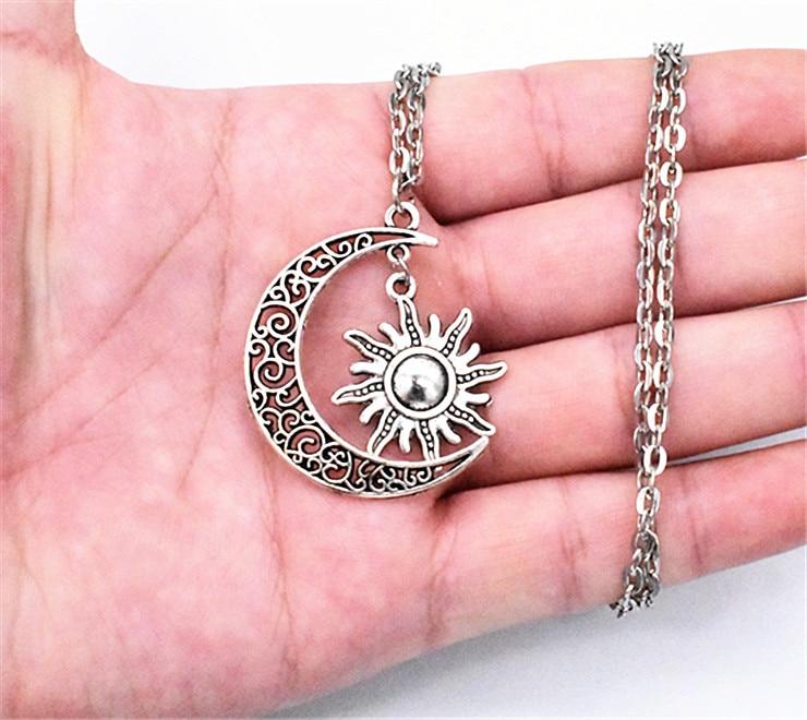 Ожерелье с подвеской в виде Луны и солнца, 40 х30 мм