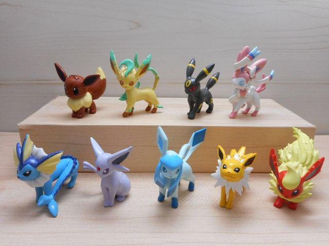 pikachu action figure toy eevee evolutions vaporeon jolteon flareon