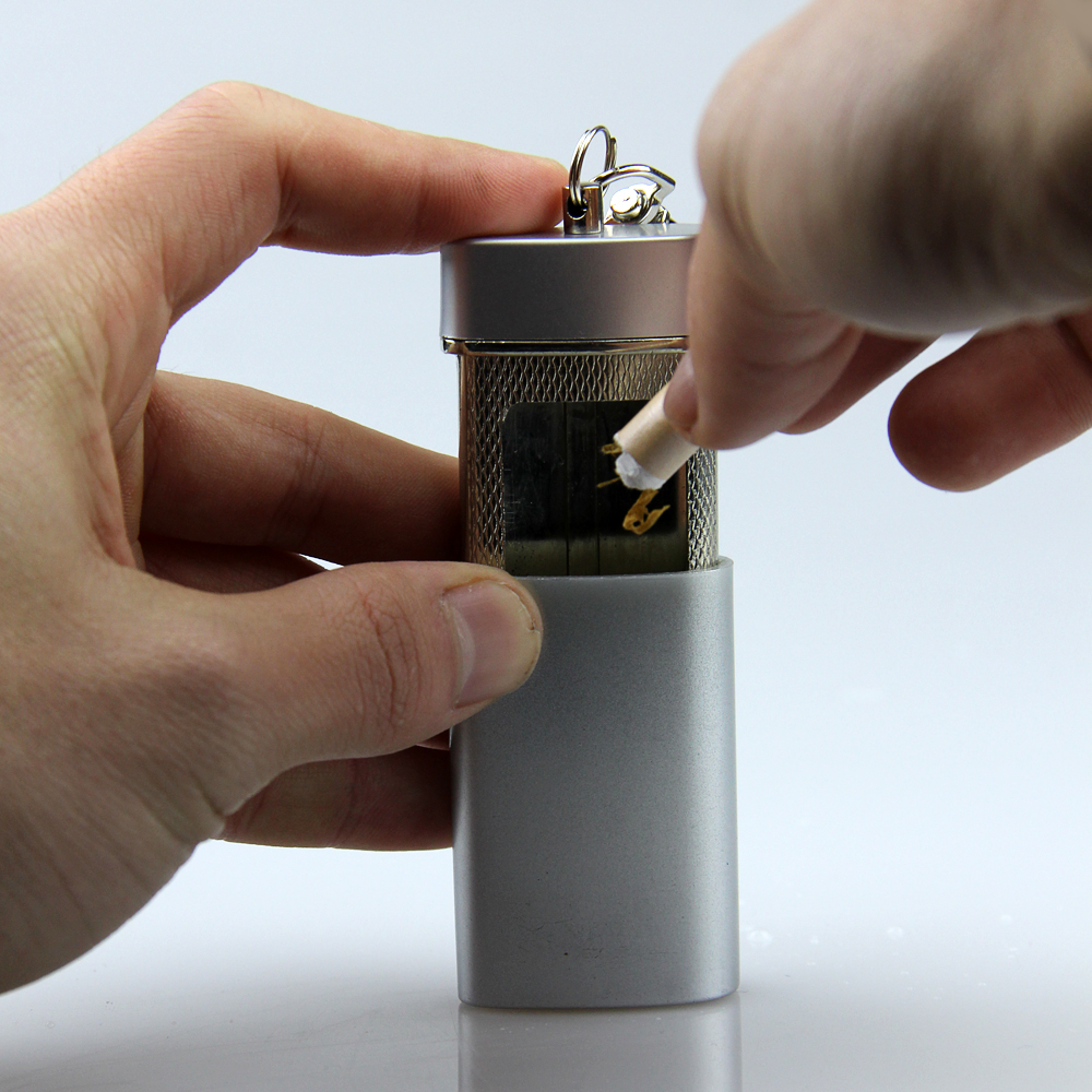 Silver Square Portable Pocket Cigarette Tobacco Ashtray With Keychain Outdoor Environmental smoking tools