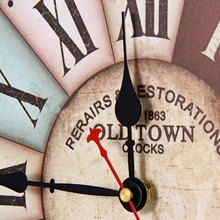 Vintage Roman Numbers Wall Clock