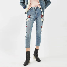 Straight Jeans Women Embroidery Jeans Casual Pants Capris Ladies Denim Pants Women Trousers Spring Autumn DD5215