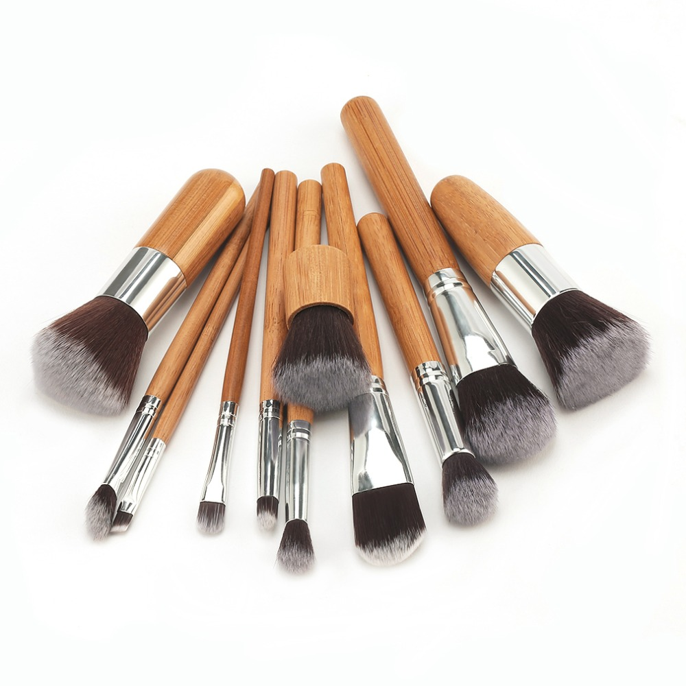 1 set Professional Bamboo Handle Makeup Brushes Eyeshadow Concealer Blush Foundation Brush + Blending Sponges Puff Makeup Set