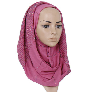 Image 3 - Plain Shimmer maxi katoenen sjaal hijab effen Omzoomd sjaals glitter moslim lange moslim hoofd wrap tulbanden sjaals/sjaal 10 stks/partij