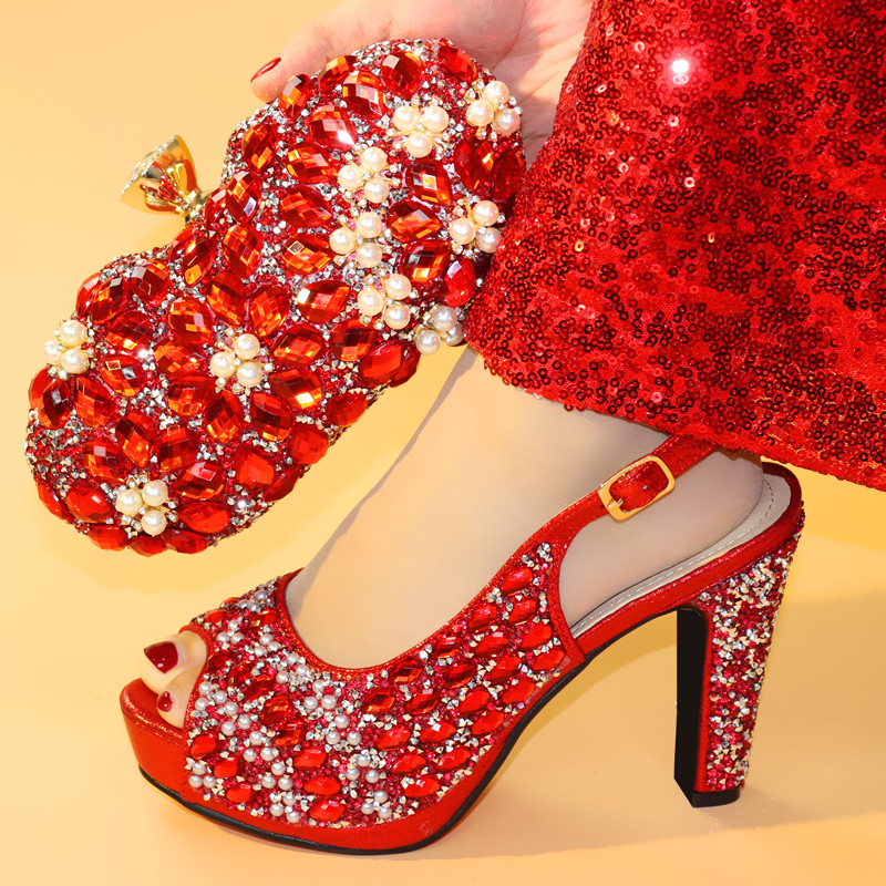 Red Party Shoes and Bag Set Women Shoes and Bag Set In Italy Design Italian Shoes with Matching Bag Set Decorated with CrystalRed Party Shoes and Bag Set Women Shoes and Bag Set In Italy Design Italian Shoes with Matching Bag Set Decorated with Crystal