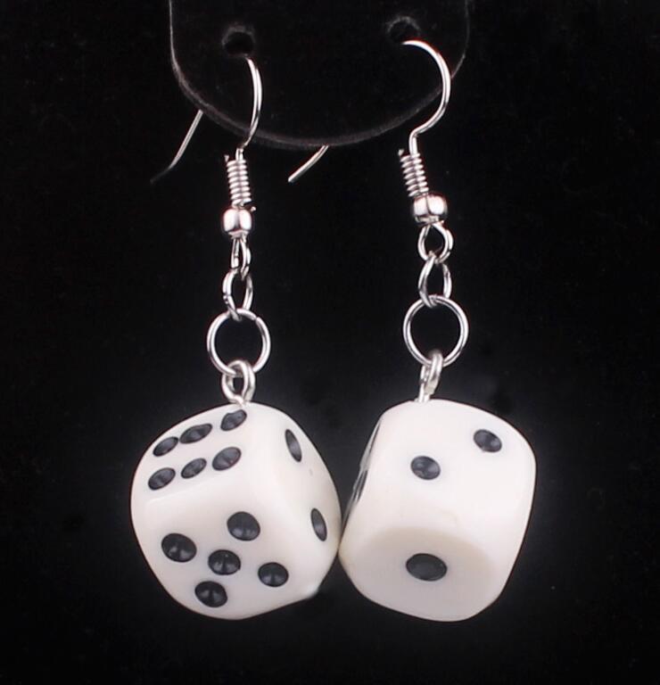 Lustige Acryl 3D Würfel Anhänger Ohrringe Baumeln Halskette Kühlen Punk Drop Ohrring Quaste Casino Frauen Männer Schmuck Persönlichkeit Spaß G