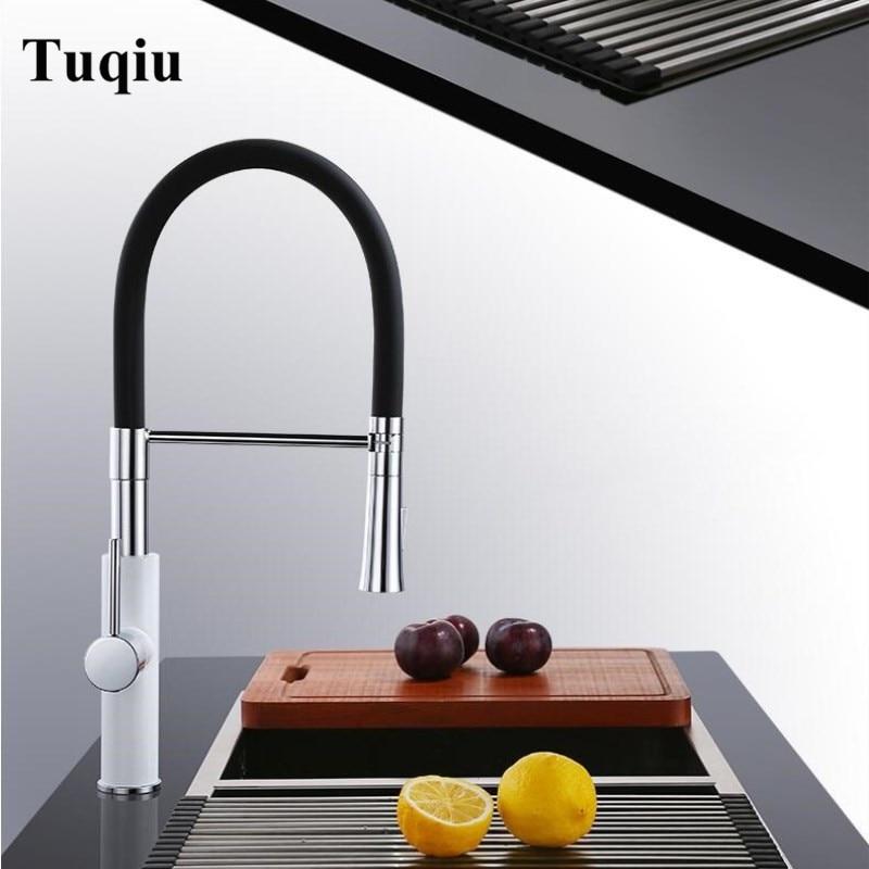 Tirez le robinet de cuisine évier mélangeur robinet 360 degrés rotation cuisine mélangeur robinets cuisine robinet noir ou blanc nourriture grade matériel