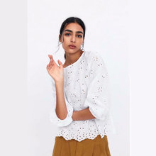 2019 new white fashion women blouse hollow out long sleeve o neck cotton ladies blouses casual tops chic lantern blusa