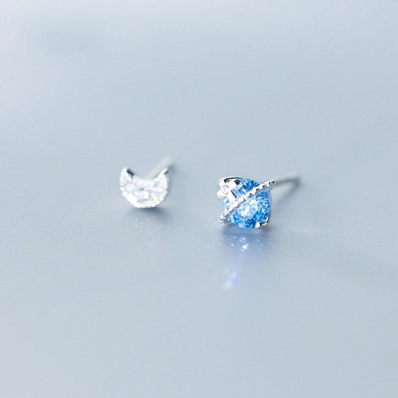 Boucles d'oreilles asymétriques en argent Sterling CZ bleu planète lune 925