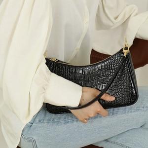 Image 5 - Casual Alligator Handbags Women Crocodile Pattern Messenger Bags Women PU Leather Shoulder Crossbody Bag Female Purse Hot Sale