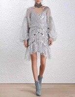 Осенние и зимние модные серебристые v-образным вырезом фонарь рукав полный красивая леди цельнокроеное платье высокого качества