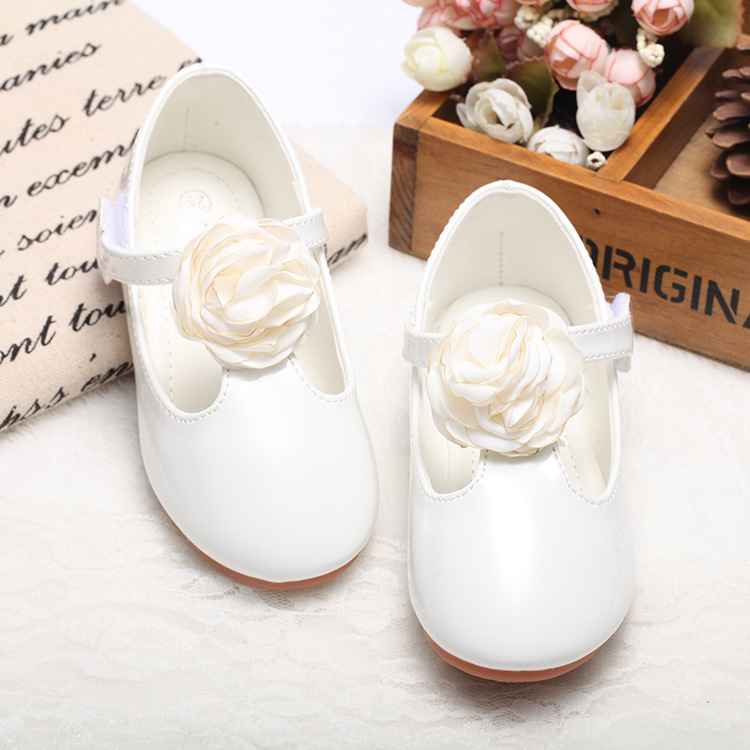 3 Colors Children Girls Shoes 2017 New Korea Single Shoes Girls Princess Leather Shoes with Big Flower Kids Casual shoes