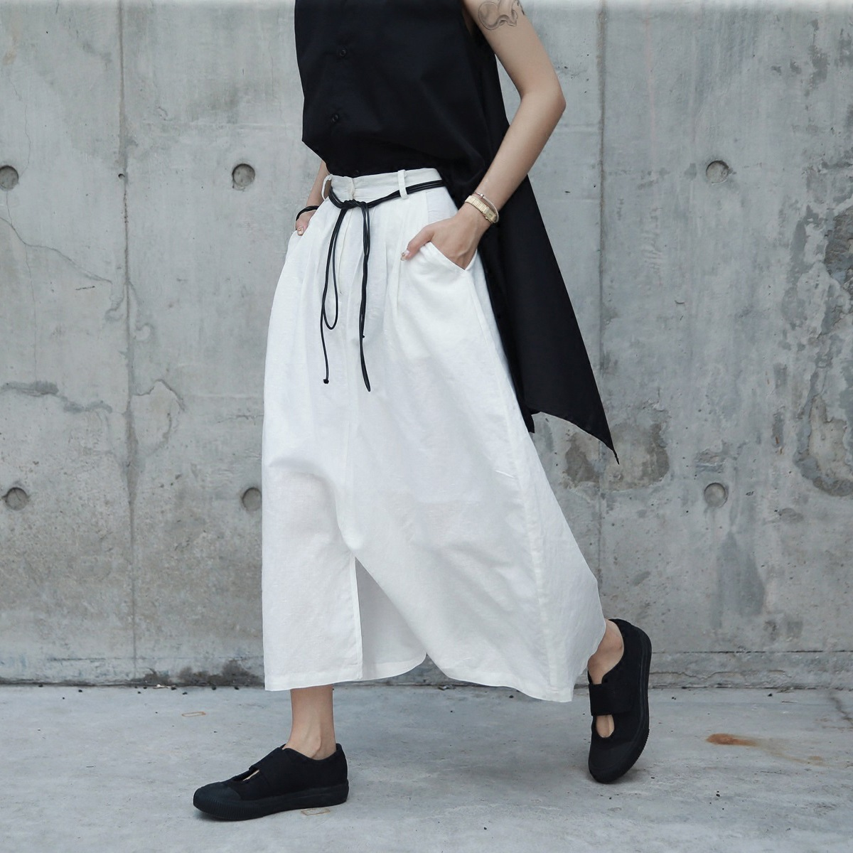 Summer New Trendy Unique White Long Crotch Wide Lady Cotton Linen Pants Breathable Thin Cool Personality