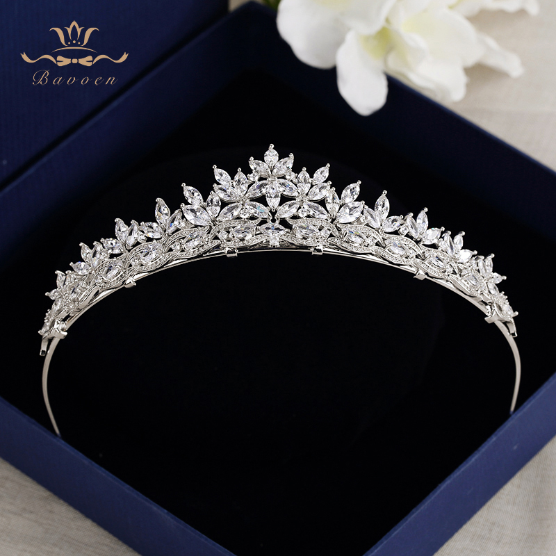 Top Quality Brides Royal Sparkling Zircon Tiaras Crown Silver Hairbands Headpieces Gifts For Bridal Wedding Hair Accessories