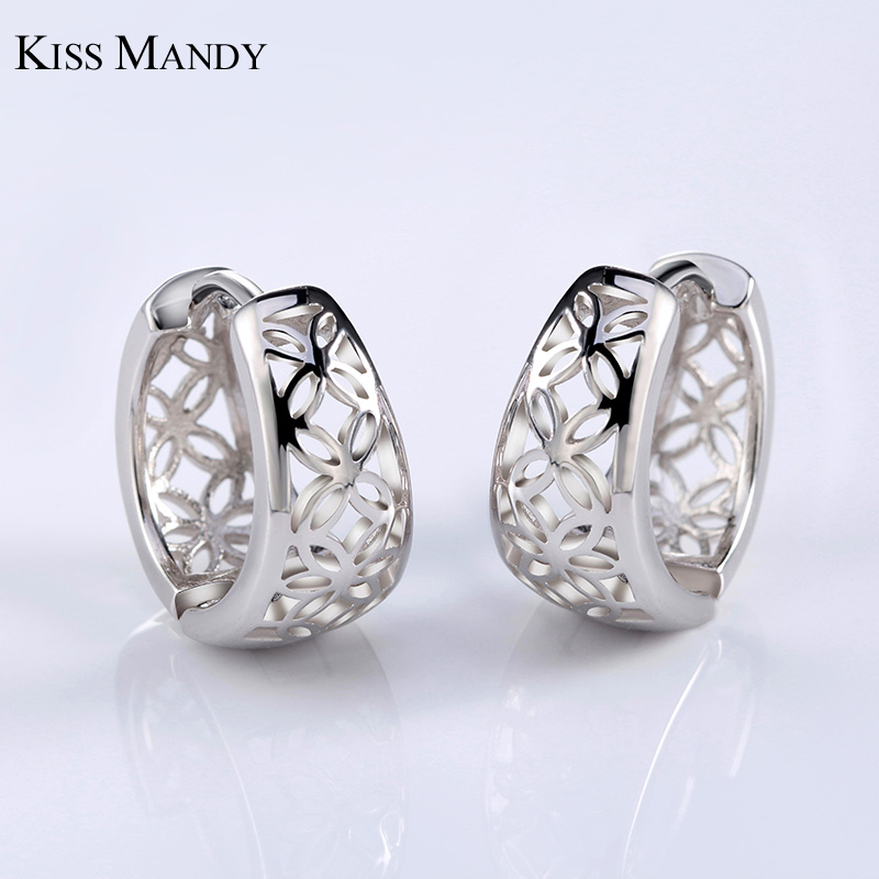 KISS MANDY Hollowed Design Studs Earrings For Women Flower Pattern Gold-color Silver Color Rose Gold Color Elegant Jewelry LE28