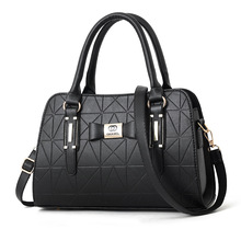 2019 Brand Large Capacity Ladies Handbag Shoulder Bag Fashion Casual Luxury Designer Messenger Bag Ladies Handbag недорого