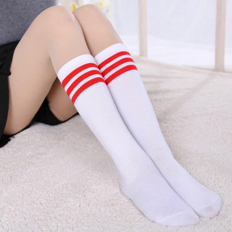 girls-knee-socks-sexy-naked-ladies