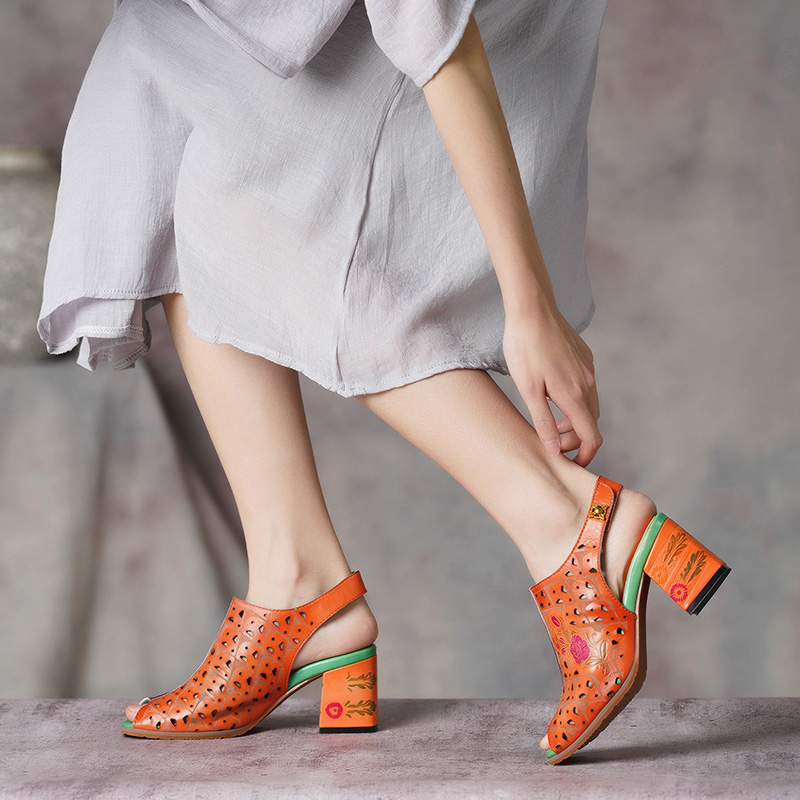 Gktinoo peep toes 여성 샌들 2019 summer lady shoes 하이힐 백 스트랩 수제 레트로 컷 아웃 여성 샌들 플러스 사이즈-에서하이힐부터 신발 의  그룹 3