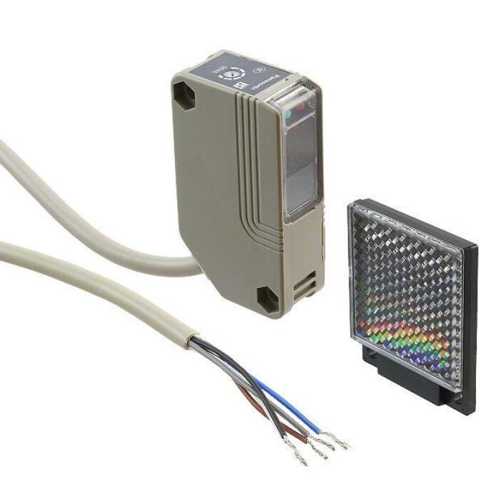 Photoelectric sensor photoelectric switch NX5RM7B NX5 RM7B 230V AC