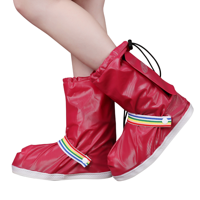 Fashionable and Waterproof Shoe Made of PVC for Women and Men Suitable for Mud Beach and Snow to Keep the Shoes Clean