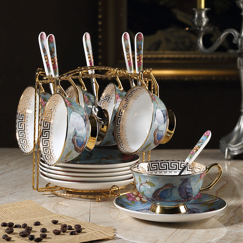 Creative vintage Coffee cups set Saucer spoon Phnom Penh Bone China British porcelain tea cup set Teatime Afternoon Tea party in Coffeeware Sets from Home Garden