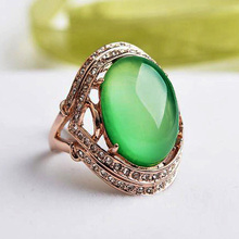 Retro Luxury Natural Stone Big Opal Green Stone chrysoprase Rings with Austrian Crystals Women Party Jewelry